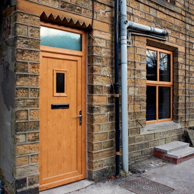 Oak composite door